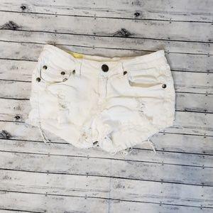 Machine Shorts - Machine Nouvelle Mode White Distressed Shorts